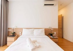budget-service-apartment-in-Singapore-1024x683